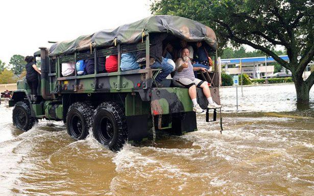 Trump visitará a Texas el martes para evaluar daños de Harvey