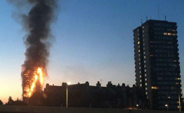 Tragedia en Torre Grenfell se pudo haber evitado aseguran inquilinos
