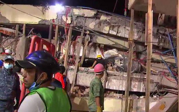Rescatan cuerpo de maestra del colegio Rébsamen