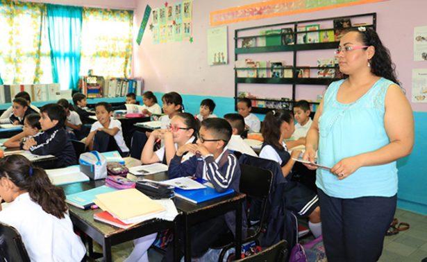 Reconoce y recompensa la Reforma educativa labor de maestros mexicanos