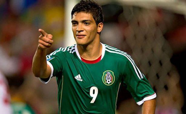 Delantero mexicano Raúl Jiménez está en la mira del Liverpool