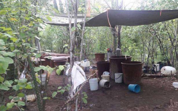 Ejército asegura casi 3 toneladas de mentanfentamina en Sinaloa