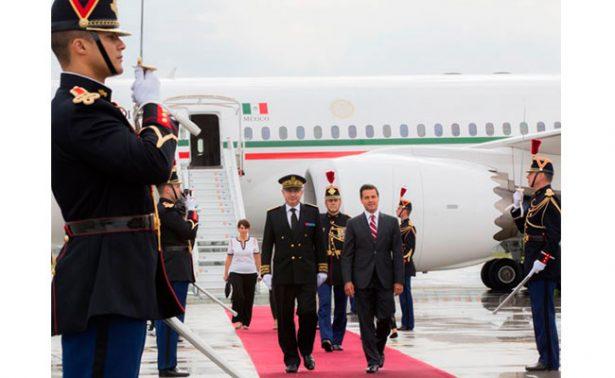 Peña Nieto llega a París para reunirse con el presidente francés Macron