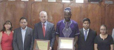 Reciben en Amozoc al Príncipe de Camerún y al cónsul de Bulgaria