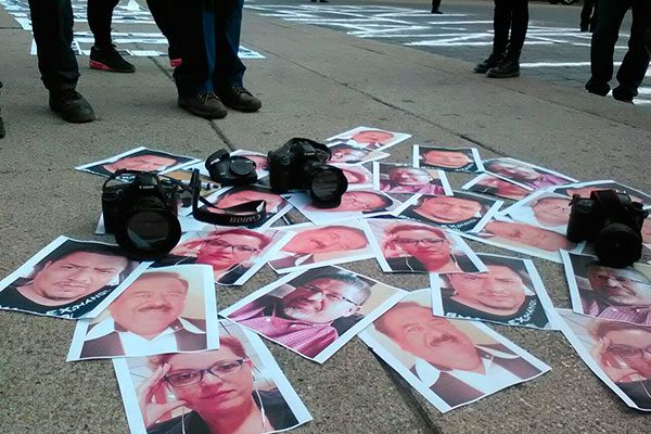 Protestan periodistas mexicanos tras asesinato de Javier Valdez