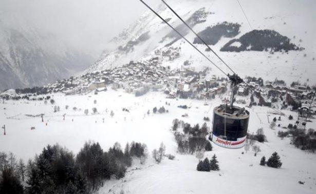 Avalancha en Alpes franceses deja al menos cuatro muertos