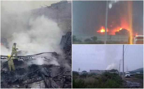 Incendio consume bodega de plásticos y solventes en Huehuetoca