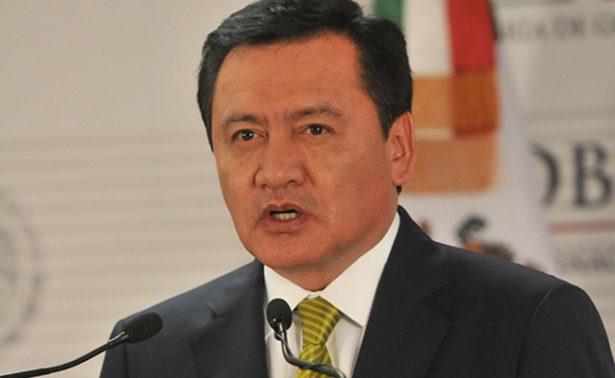 Reprueba Osorio Chong que se llame criminales a los migrantes