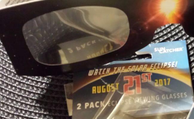 ¡Increíble! Se agotan gafas especiales para observar eclipse solar