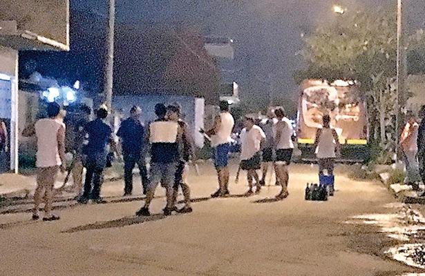 Continúan con barricadas en colonias de la zona  norte de Veracruz