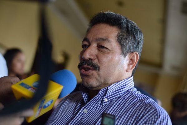 Aplaudirían veracruzanos recorte en legisladores y funcionarios levantadedos: Luis Alonso Polo