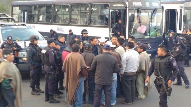Interviene alcalde de Atzompa para evitar desalojo violento, pide diálogo con Franco Castán