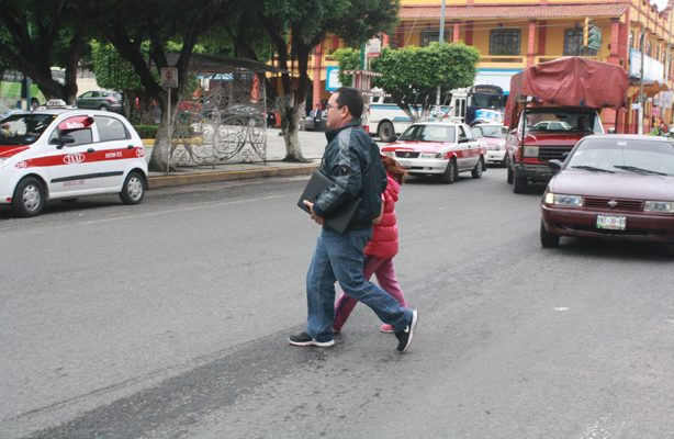 Accidentes de peatones, 37% por uso de smartphones
