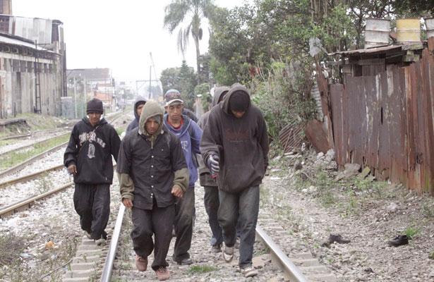 Aumentan quejas por falsos migrantes