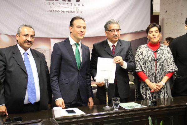 Entregó el Congreso del Estado la cuenta pública 2016 de ayuntamientos al ORFIS