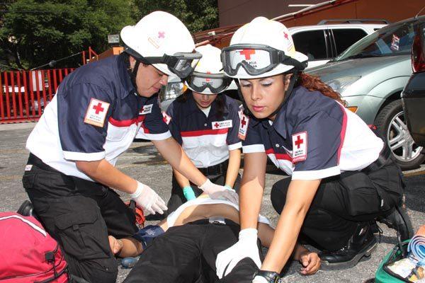 Cruz Roja capacitará a sus paramédicos para evitar sean objeto de agresiones
