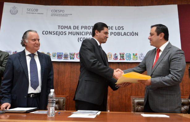 Rinde protesta Américo Zúñiga como presidente del Consejo Municipal de Población