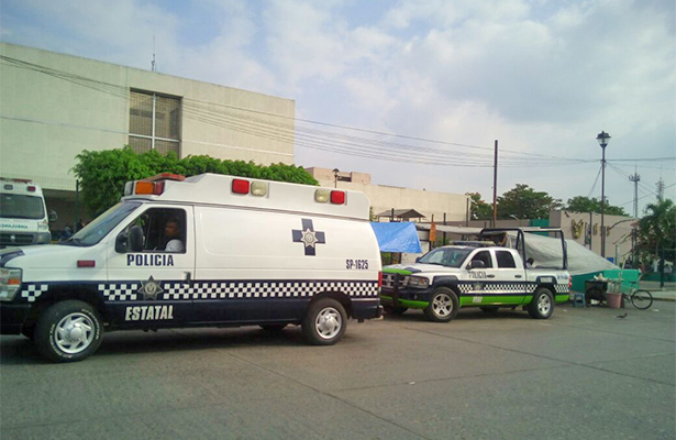 Hombres armados balearon a policía dentro de instalaciones de Fuerza Civil, en Poza Rica