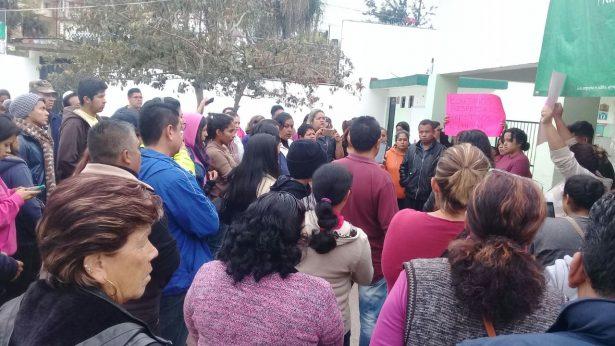 Padres de familia tomarán por tiempo indefinido la escuela Luis Hidalgo Monroy