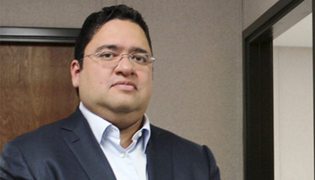 """Exdirector de SESVER demanda a Nemi Dib; éste responde """"no sé de qué se duele el señor"""""""