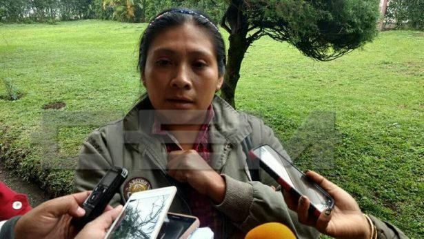 Exigen destitución de directora de Telesecundaria, la acusan de prepotente