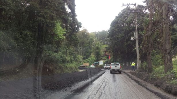 Reconstruye la SCT el tramo Banderilla-Jilotepec