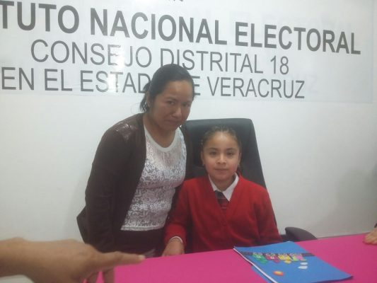 Concurso de relatos en náhuatl de niños de Zongolica, Texhuacan y Mixtla.