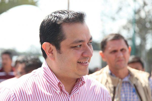 Sólo se clausuran bares que violenten la ley: alcalde de Xalapa