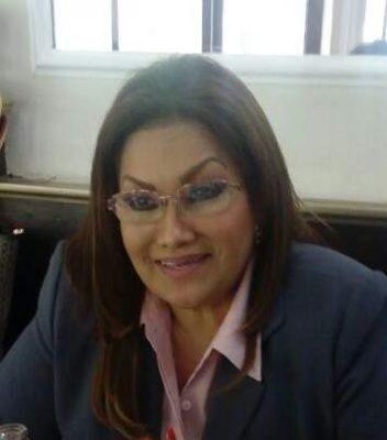 Necesario que UV genere sus propios recursos y no sólo estire la mano para recibirlos: Rocío Ojeda