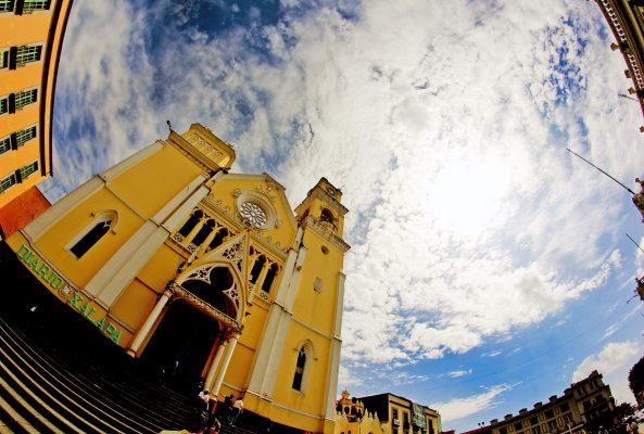 Iglesia Católica pide reaccionar ante el derroche y la pobreza