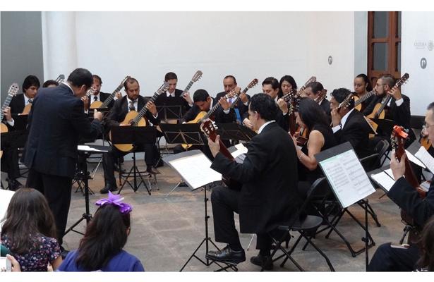 Orquesta de Guitarras de Xalapa y CIMI ofrecen conciertos