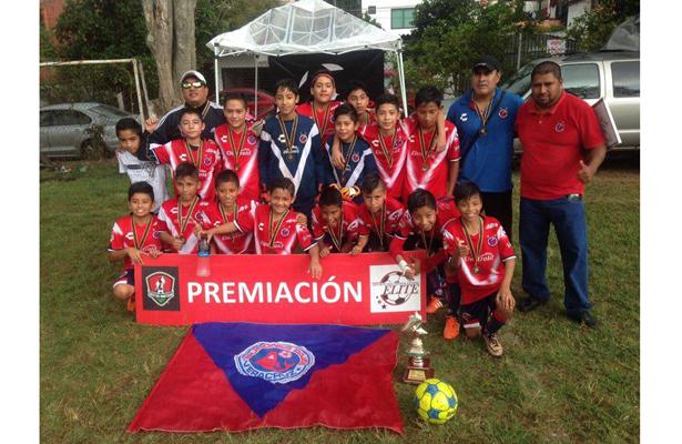 Tiburones Rojos Macuiltépec obtuvo dos títulos en la Elite