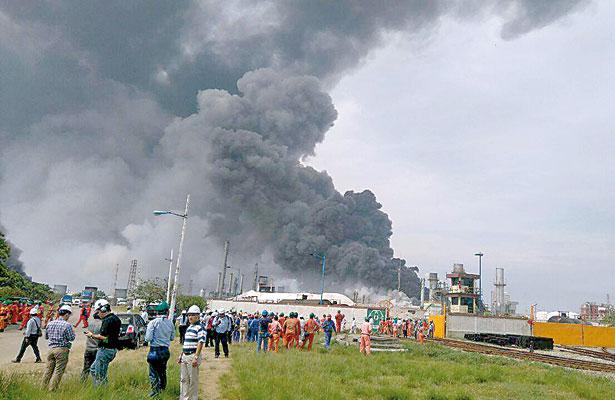 A un año de explosión: 32 muertos, ningún culpable y mucha contaminación