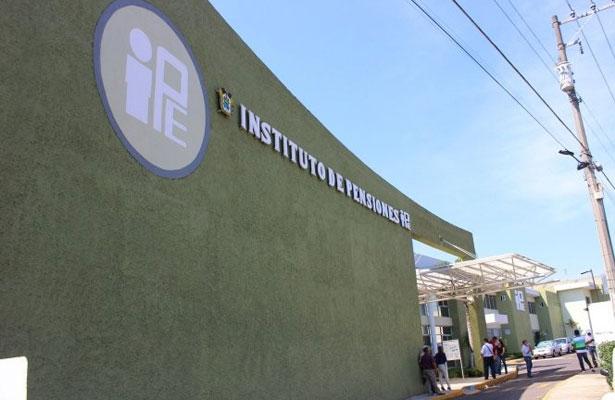 De $106 mil la pensión más alta del IPE; da a conocer lista de jubilados