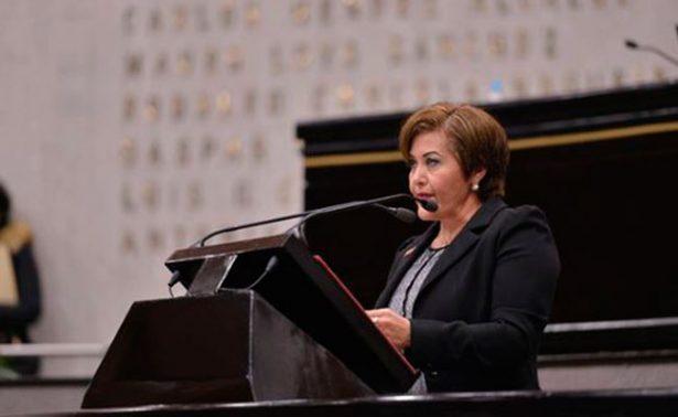Impide Eva Cadena la difusión de información de su proceso penal