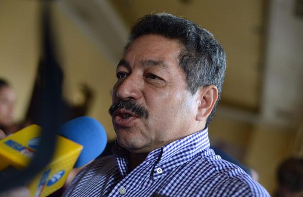 29 mil pensionados del IPE pudieran no cobrar su aguinaldo en 2017: Luis Alonso Polo Villalobos