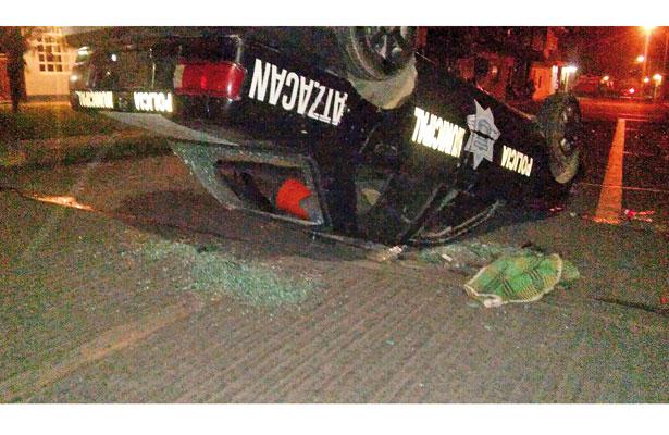 Intentaron linchar a presunto asaltante; voltearon 3 patrullas, en Atzacan