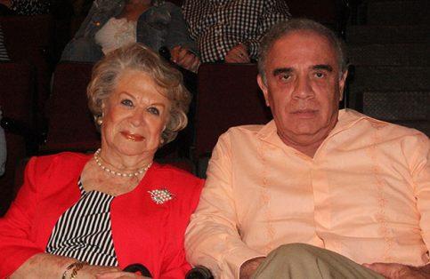 Blanca Carballo con Víctor Hernández.