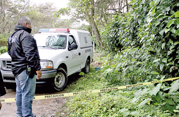 7 ejecutados; dos de los cadáveres fueron encontrados en Coatepec