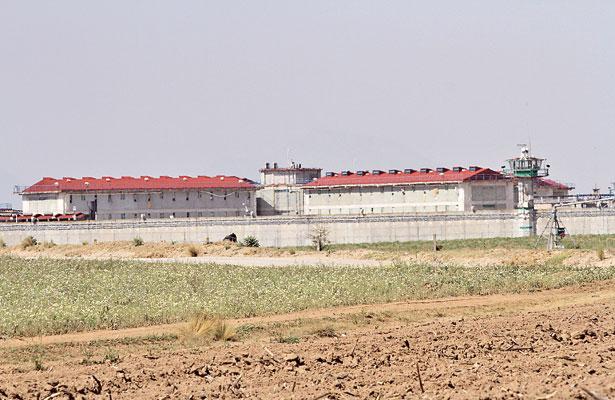 Construyeron penal pero a ejidatarios de Villa Aldama no les pagan