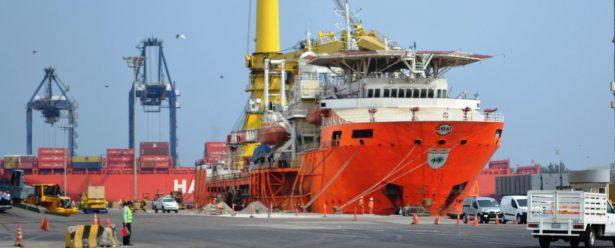 Zarpa del puerto de Veracruz, con rumbo desconocido, el buque Caballo Maya