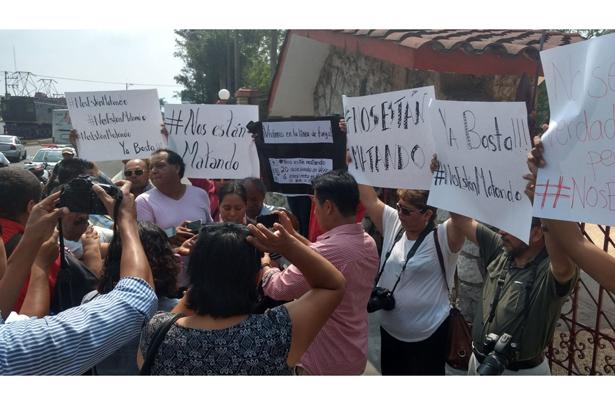 Protestan reporteros de Orizaba por los asesinatos de periodistas