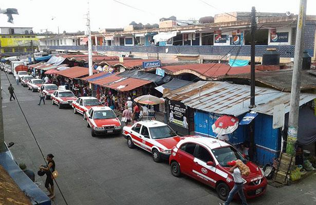 """""""Bomba de  tiempo"""",  mercado de  San Andrés"""