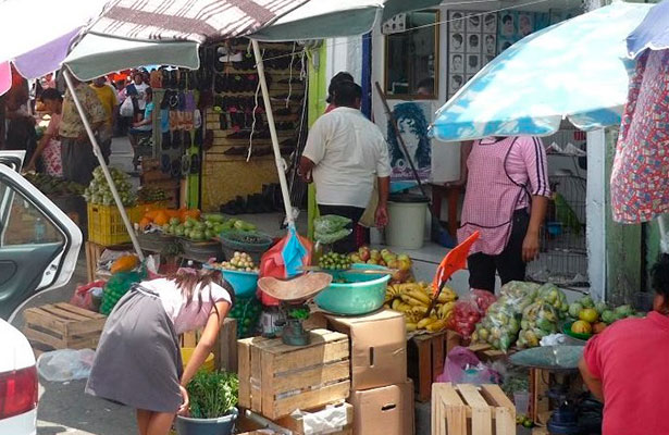 Construirán nuevo mercado en Tihuatlán