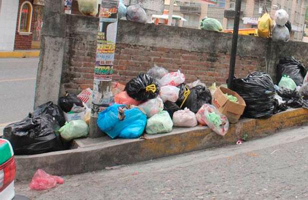 Sin Limpia Pública en Tenejapan, denuncian habitantes
