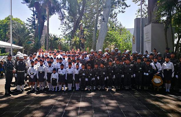 Abanderamiento de Pentatlón Militarizado que asistirá a nacional en Acapulco