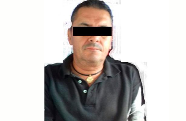 Dicta juez prisión preventiva a profesor de Cetis Banderilla por pederastia