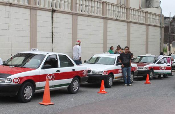 Sin derrama económica en vacaciones: taxistas