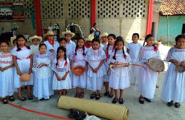 Niños totonacos se reunirán con el presidente EPN