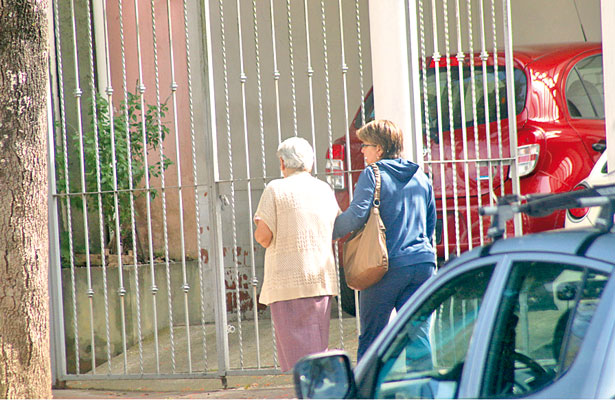 Abandonados por sus familias, hasta 5% de ancianos de Veracruz: Inapam